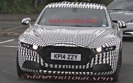 """Siêu xe phong cách """"ngựa vằn"""" của Aston Martin lộ diện"""