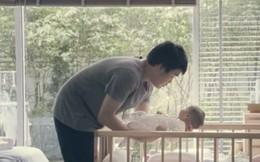 Đoạn video lấy nước mắt người xem về tình cha mẹ