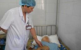 Bị bố chồng đâm 10 nhát vào đầu sau khi sinh con được 9 ngày