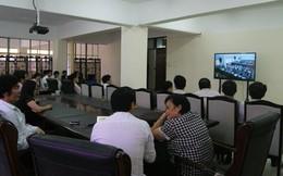Người dân xem thi Tổng Cục trưởng Đường bộ