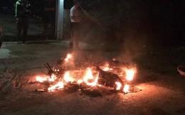 Nạn nhân bốc cháy như đuốc khi lái xe đã tử vong