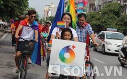 Hàng trăm người đạp xe ủng hộ hôn nhân đồng tính