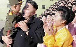 Giải mã chuyện hàng ngàn phụ nữ đồng loạt khóc khi gặp Kim Jong-un