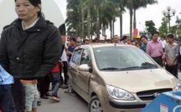 Vụ hất anh trai lên nắp capô diễu phố 9 km: Nạn nhân xin giảm án