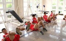"""U19 Việt Nam """"tan hoang"""" sau màn bùng nổ ở Mỹ Đình"""