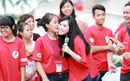 Trương Phương hạnh phúc khi hát ở chương trình hiến máu