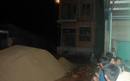 Sập mái nhà đang xây, con chết thảm, mẹ bị thương nặng