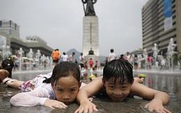 """700 năm tới, người Hàn, Nhật sẽ """"biến mất"""""""