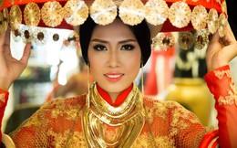Trang phục dân tộc của Hoa hậu Nguyễn Thị Loan bị chê rườm rà