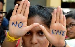 """Dân Ấn Độ phản đối chữ """"cưỡng hiếp"""" được dùng trong bóng đá"""