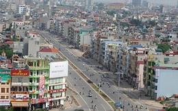Đi dọc tuyến phố: Bí thư Hà Nội 'vạch mặt' hàng loạt sai phạm