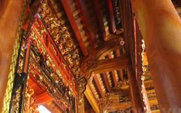 Cận cảnh ngôi nhà bằng gỗ mít tráng lệ trị giá bạc tỉ ở Hà Nội