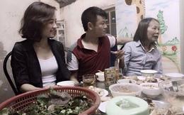 Vì mẹ già, Văn Quyến lại lỡ hẹn với bóng đá