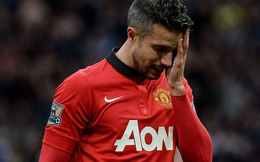 Lộ điều khoản khiến Man United muốn bán gấp Van Persie