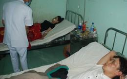 Bình gas mini quán hàng rong nổ, 4 học sinh nhập viện