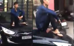 """""""Thiếu gia"""" Hà thành: Ngồi mui xe dạo phố"""