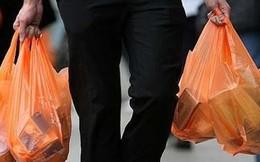 Sẽ xử phạt việc sử dụng túi ni lông khi mua bán hàng hóa
