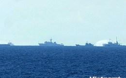 Trung Quốc tăng cường 2 tàu quân sự cản phá tàu của Việt Nam
