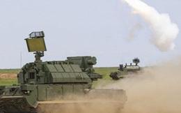 """[VIDEO] Sức mạnh khủng khiếp của """"song sát"""" phòng không Tor-M2U và S-300V4"""