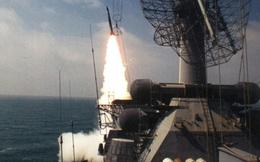 """Vũ khí """"hủy diệt mọi mục tiêu đe dọa"""" của chiến hạm Nga ở Syria"""