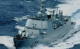"""Vì sao TQ điều tàu """"hạng ruồi"""" đeo bám chiến hạm Mỹ ở Trường Sa?"""