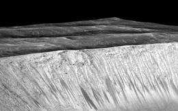 10 bức ảnh nhìn lại hành trình tìm ra nước trên Sao Hỏa