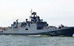 [VIDEO] Tàu hộ vệ tên lửa Đô đốc Grigorovich thị uy sức mạnh