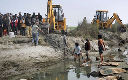 Ấn Độ: Hơn 100 thi thể bị phân huỷ nặng trôi nổi trên sông Hằng