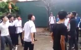 Hà Nội: Hàng chục nam sinh đánh nhau như giang hồ