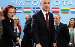 """NATO nói """"nước đôi"""" về Moscow, báo Nga chê """"quá nhát"""""""