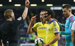 Fabregas bất ngờ được giảm án sau khi đá bóng vào đầu đối thủ