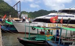Hải Phòng: Tàu cao tốc lao lên bờ, hàng trăm khách hoảng loạn