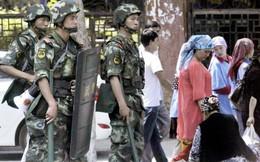"""Cảnh sát Trung Quốc bắn chết 3 """"kẻ khủng bố"""" từ Tân Cương"""