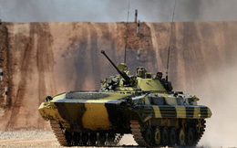 Ấn Độ mua 149 xe chiến đấu bộ binh của Nga