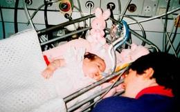 Bố mẹ hoảng hốt khi con bị lấy cắp nội tạng sau 23 năm