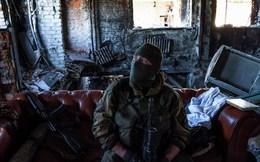 Tận thấy ly khai miền Đông Ukraine cố thủ tại sân bay Donetsk
