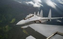 """Phi công lái """"bại tướng"""" F-15 ca ngợi Su-30MKM hết lời"""