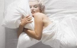 Vì sao các chuyên gia sức khỏe khuyên phụ nữ khỏa thân khi ngủ?