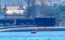 Cận cảnh tàu ngầm 185 - Khánh Hòa vào cảng Lữ đoàn 189