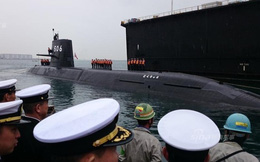 [ẢNH] Nhật Bản nhận tàu ngầm Black Dragon, Trung Quốc giễu cợt
