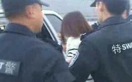 """TQ: Nữ khách thì thầm """"máy bay sắp nổ"""", đặc nhiệm ập vào bắt"""