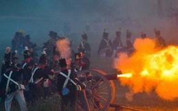 24h qua ảnh: Tái hiện thất bại cuối cùng của Napoleon Bonaparte