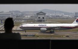 Máy bay Malaysia hạ cánh khẩn vì… hư cả 6 toilet
