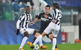 Juventus 5 lần, 7 lượt làm Man United mất mặt
