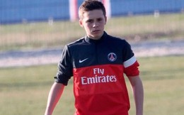 Con trai Beckham gây sốt bằng clip trổ tài giống hệt cha