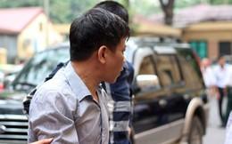 Hà Nội: Nguyên Phó ban tổ chức Quận ủy bật khóc tại tòa