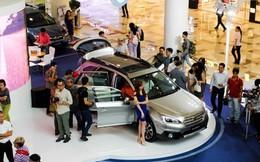 Ôtô đồng loạt tăng giá mạnh