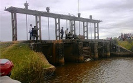 Phát hiện thi thể hai nữ sinh lớp 9 nổi trên sông