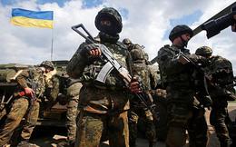 Túng thiếu, lính Ukraine bán trộm vũ khí ra chợ đen