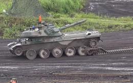 Xe tăng Nhật tuột xích trong diễn tập, dân mạng TQ giễu cợt
